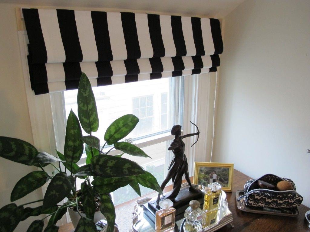 Roman Shade Using Fabric And Mini Blinds I Need One For My Front Door