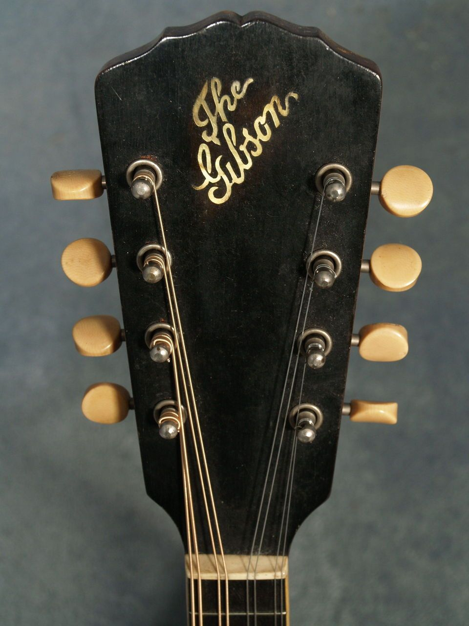 The Gibson    headstock from a 1913 - A1 mandolin | Gibson