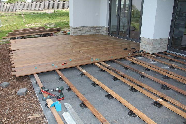 Die perfekte Unterkonstruktion für die Holzterrasse