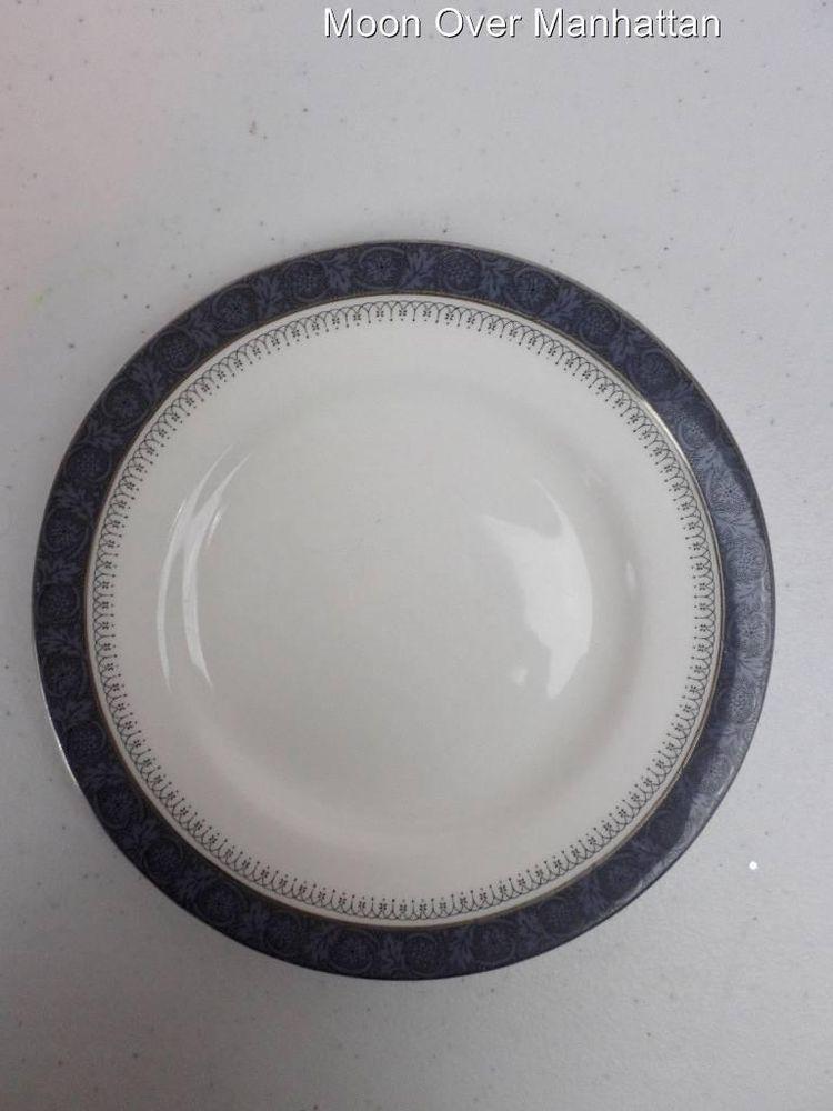 s Royal Doulton Sherbrooke H5009 Salad Plate