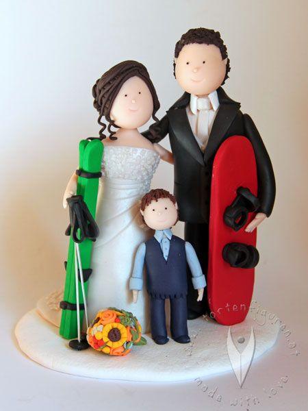 Skifahrer Brautpaar Familie Mit Sohn Fur Die Hochzeitstorte