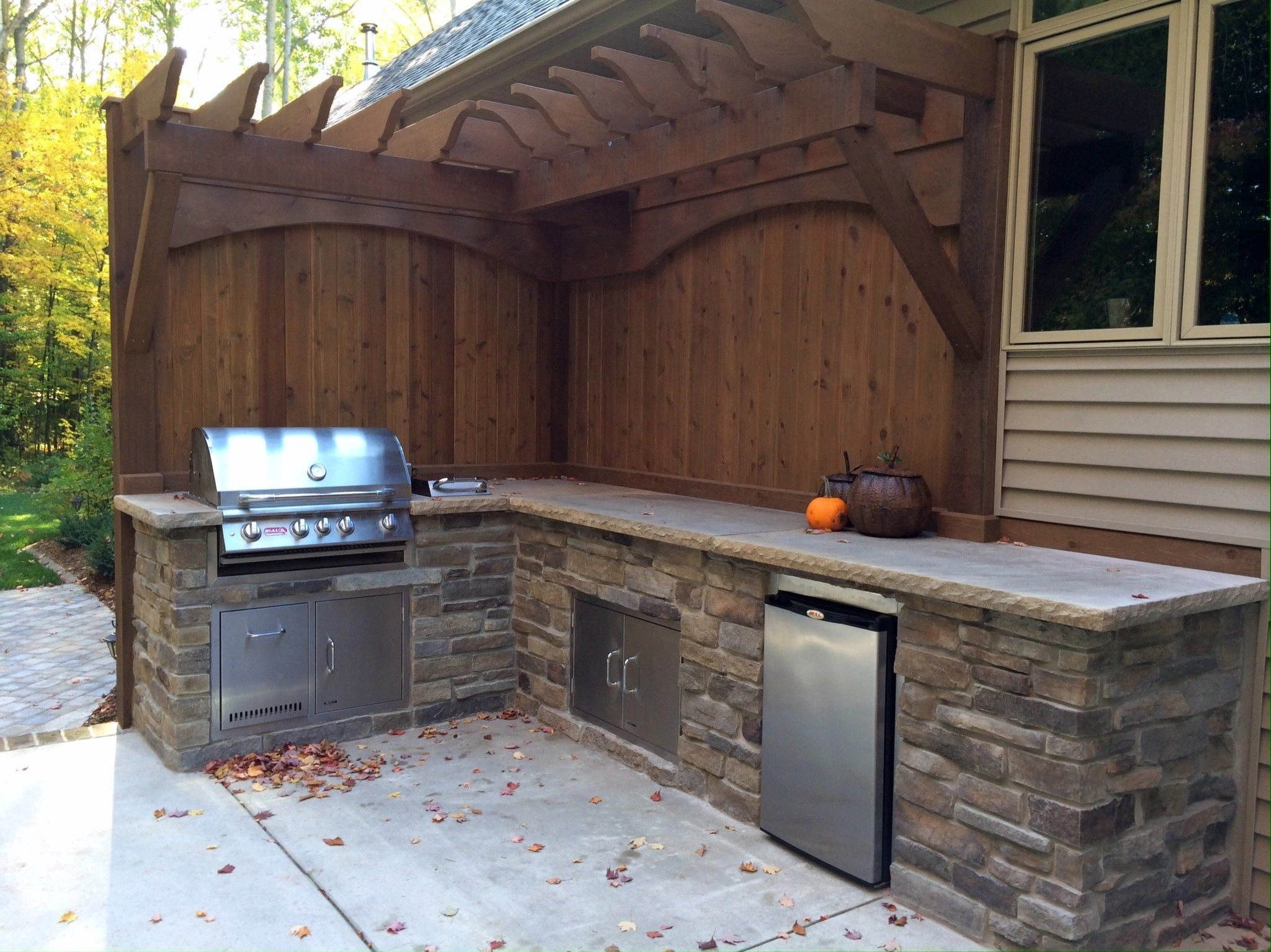 Outdoor Natural Gas Grilling Station With Side Burner And Refridgerator Dream Patio Outdoor Grill Natural Gas Grill