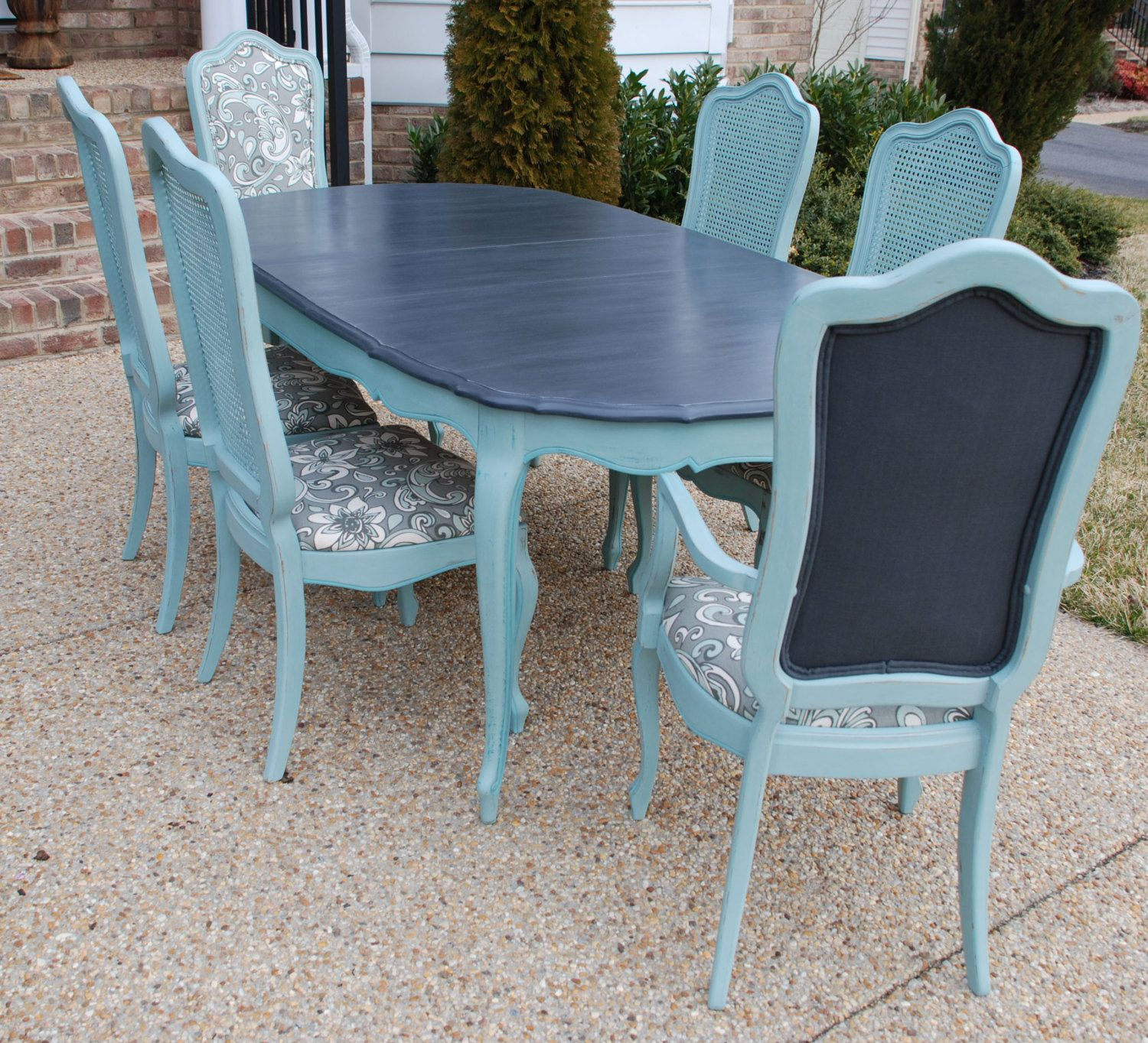 Refinished Painted Vintage 1960s Thomasville Dining Table And Chair Set 1 200 00 Via Et Painted Dining Table Dining Chair Makeover Painted Dining Room Table
