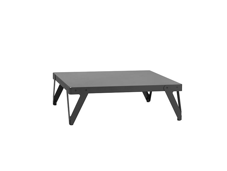 Functionals, Lloyd Low table (110x110 cm) black. Design: Serener. Coffee table, sofa bord, cafebord