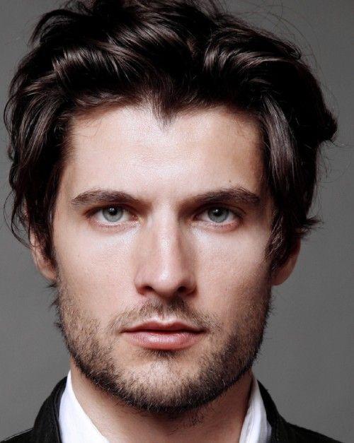 Medium Length Hairstyles Of Celebrities Medium Length Hair Styles Mens Hairstyles Beard Styles