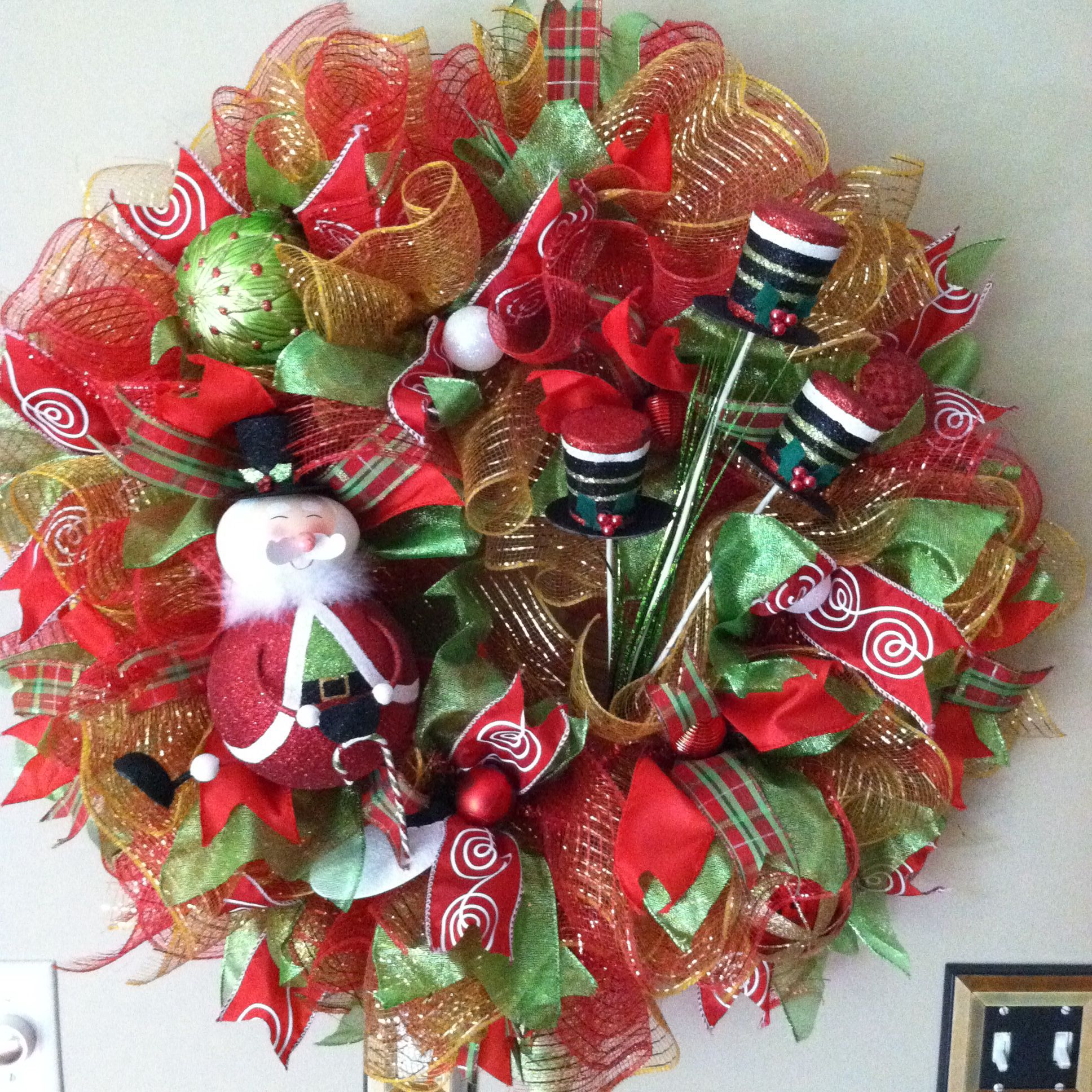 Home Decoratingtips: Christmas Wreath. $79.00 Check It Out On Baywreathdesigns