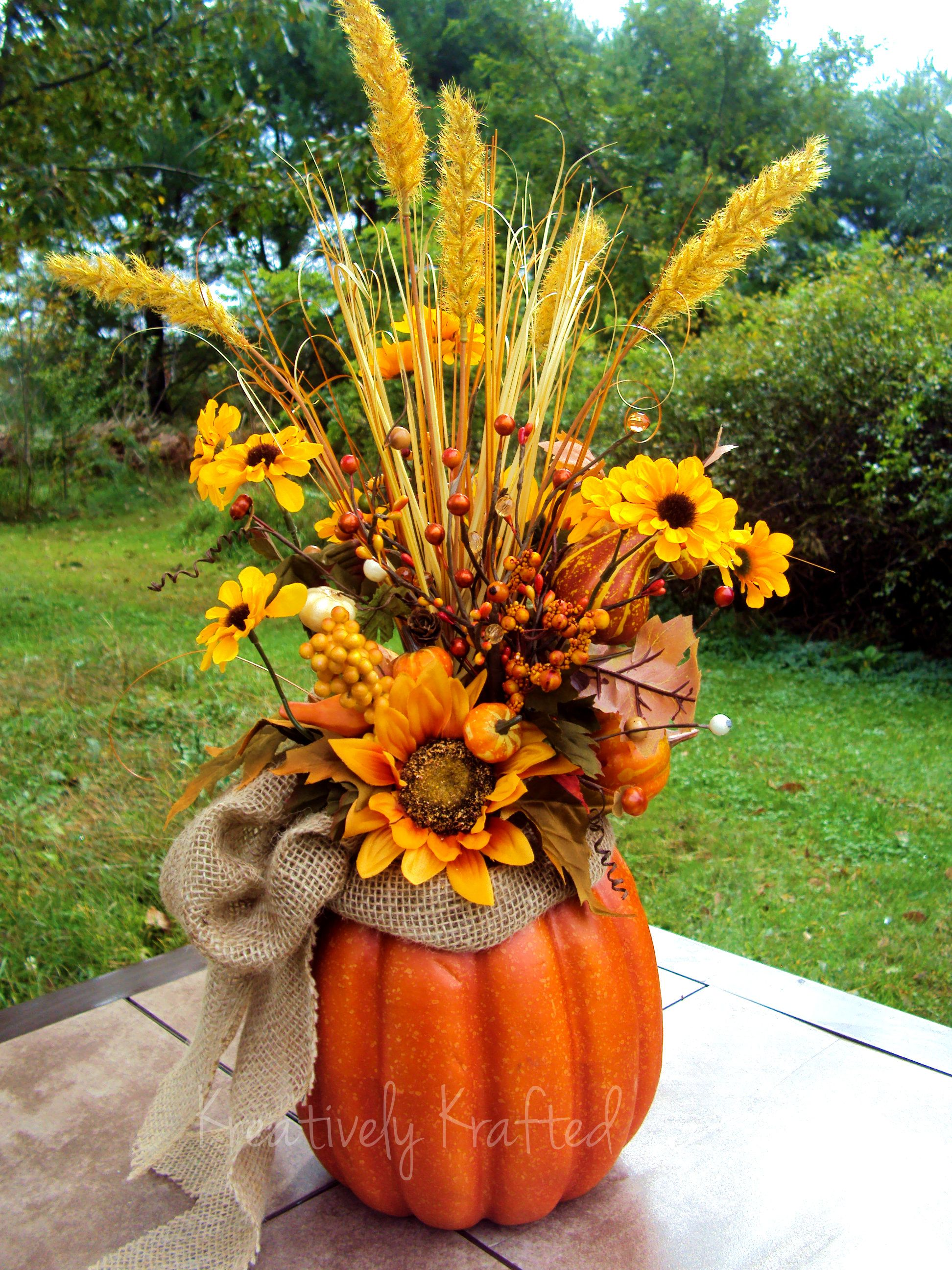 Autumn fall thanksgiving pumpkin centerpiece table flower Flower painted pumpkins