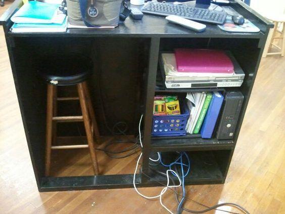 Good Idea Diy Standing Teacher Desk This Is Just The Business Side From The Front It S A Fairly Unobt Teacher Desk Organization Diy Classroom Teacher Desk