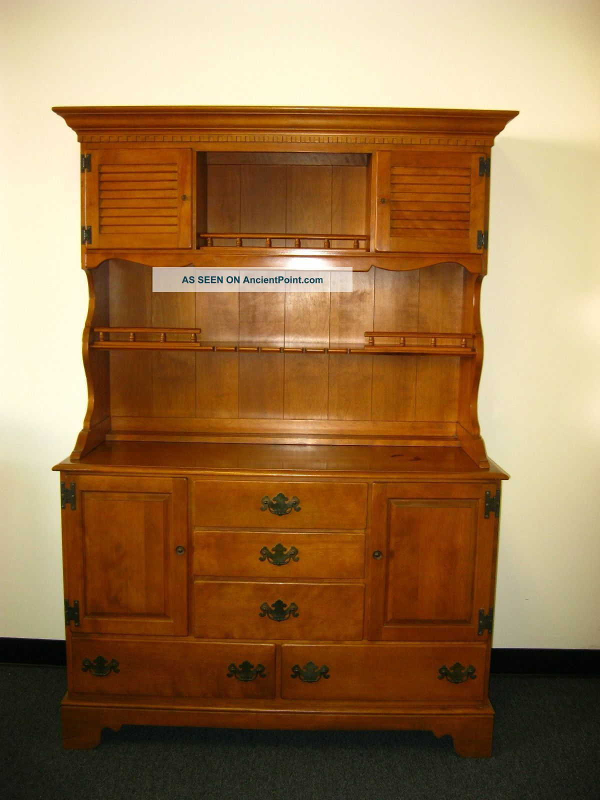 Vintage Ethan Allen Maple Wood Hutch Cupboard Cabinet Buffet Colonial Style Post 1950 Photo