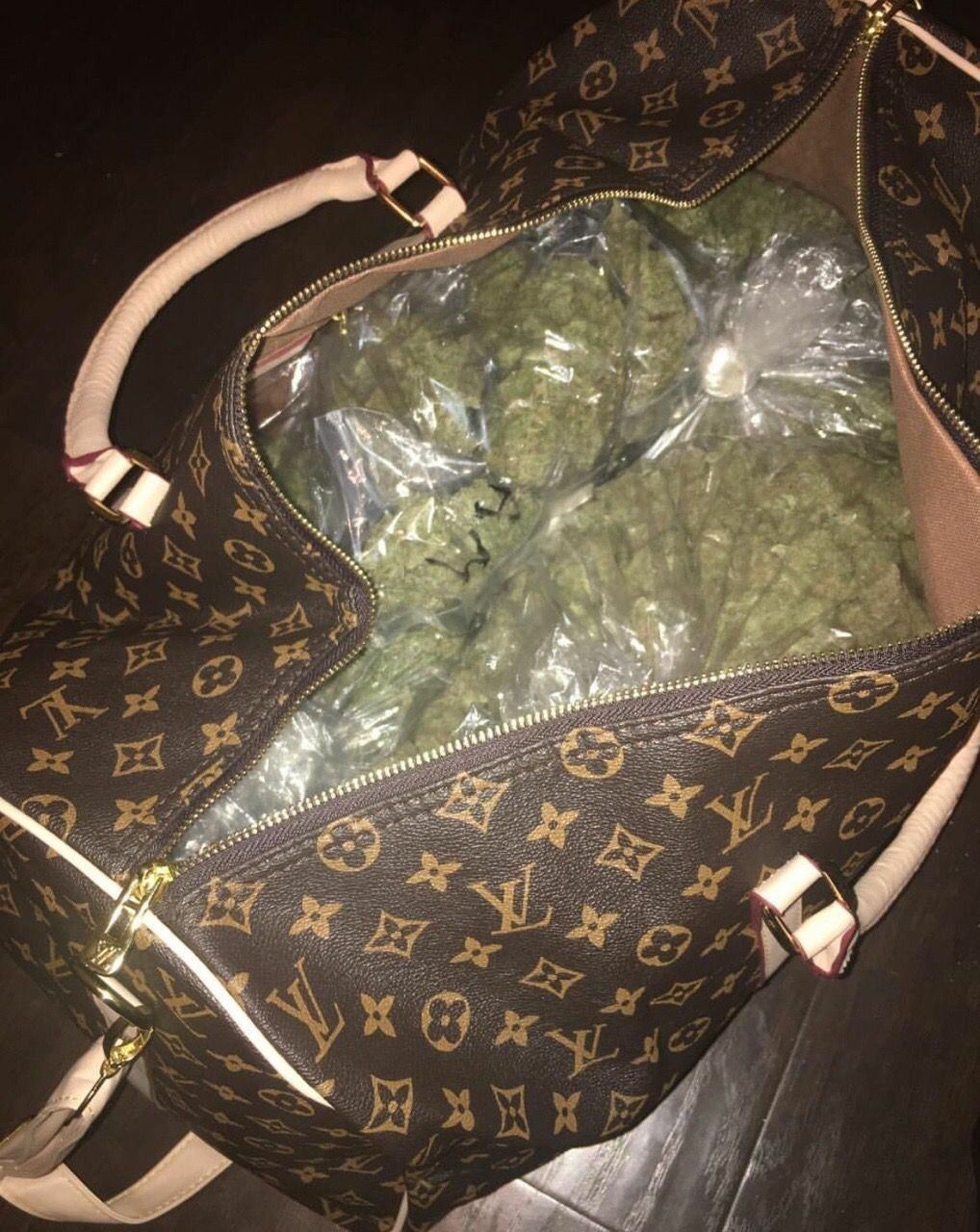 When You Show Up To A Party With Bag Of Weed At Least Come