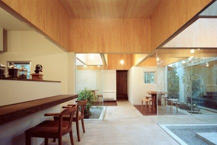 Table Hat Cafe by Hiroyuki Shinozaki Architects // Kanagawa, Japan.