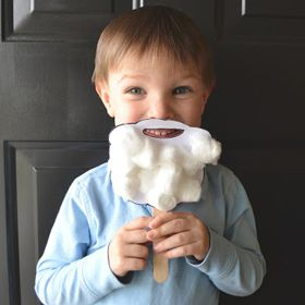 Santa Beard   19 Holiday Crafts and Recipes