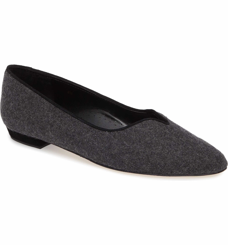 ba968bbe8337 Main Image - VANELi  Ganet  Pointy Toe Flat (Women)