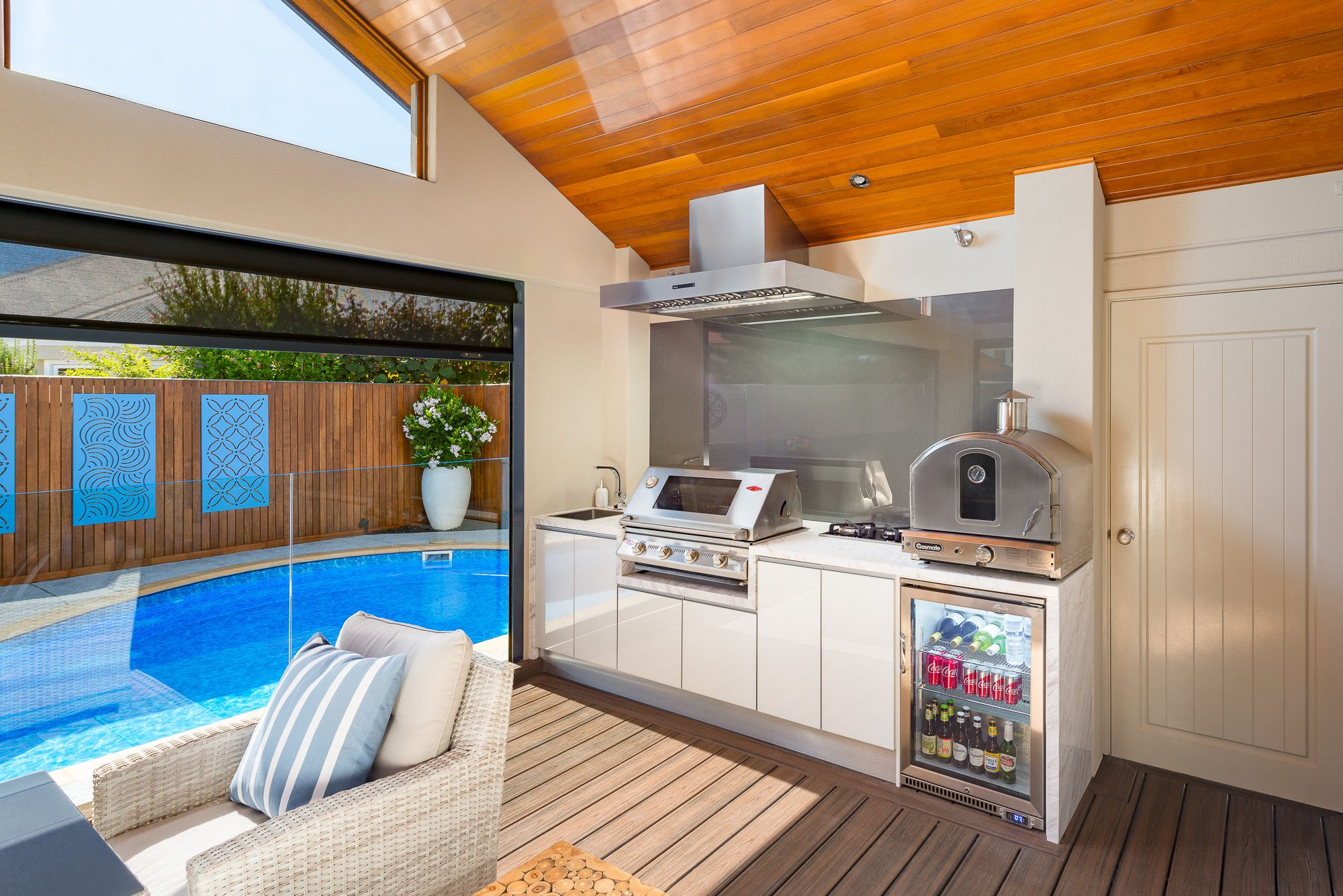 Perth's Leading Outdoor Kitchen Installers with showrooms