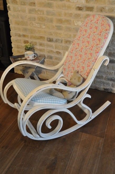 Rocking chair | Painting old furniture | Pinterest ...