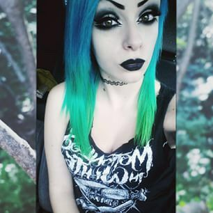 Image via We Heart It https://weheartit.com/entry/167202963 #altgirl #bluehair #dyedhair #grunge #scene #colorfullhair