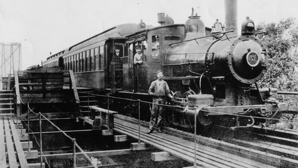 The Lake Street Elevated Railroad circa 1894. Chicago Transit Authority