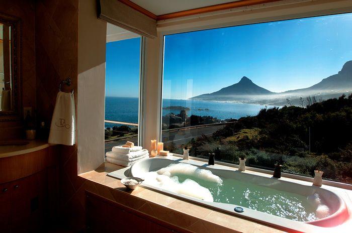 Bathtub with breathtaking view