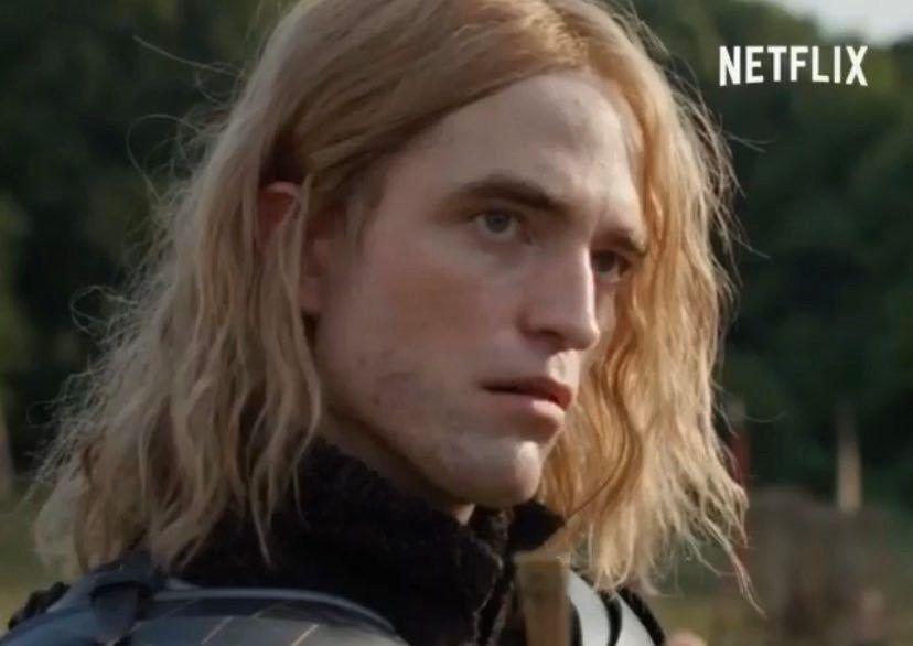 Robert Pattinson S Foot Fungus Good Night To Robert Pattinson In Long Hair Only In 2020 Robert Pattinson Movies Robert Pattinson King Robert
