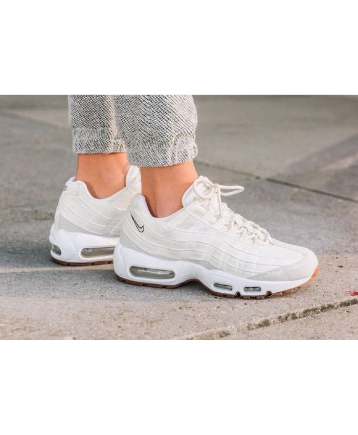 the best attitude 10809 3ed00 Nike Air Max 95 OG Beige Trainers