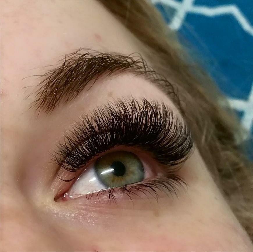 Russian volume eyelash extensions My Lash Studio Sunshine ...