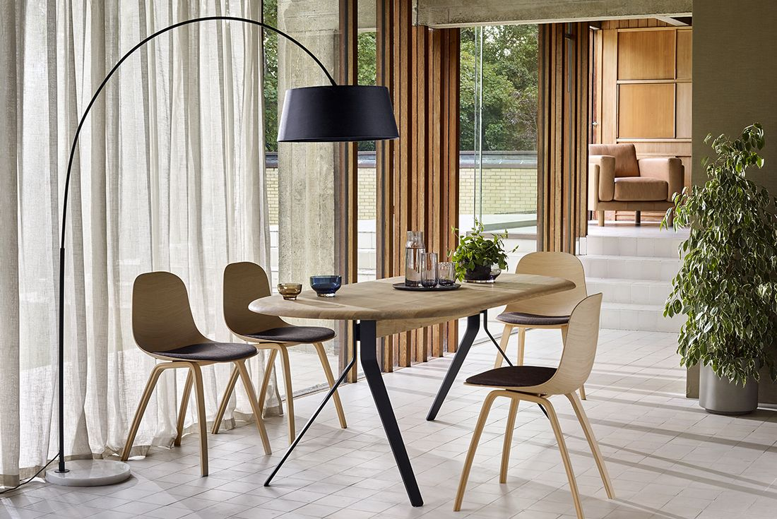 Make Open Plan Living Spaces Feel More Intimate With An Arched Floor Lamp Dramatic In Style Yet Floor Lamp Elegant Dining Room 8 Seater Dining Table