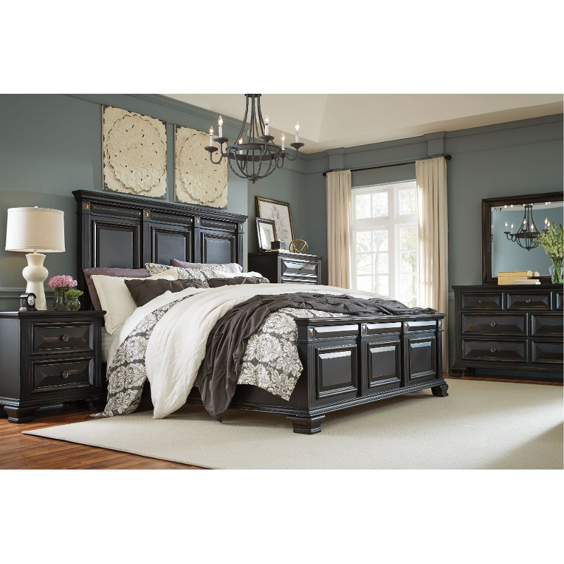 Black Traditional 4 Piece King Bedroom Set Passages King