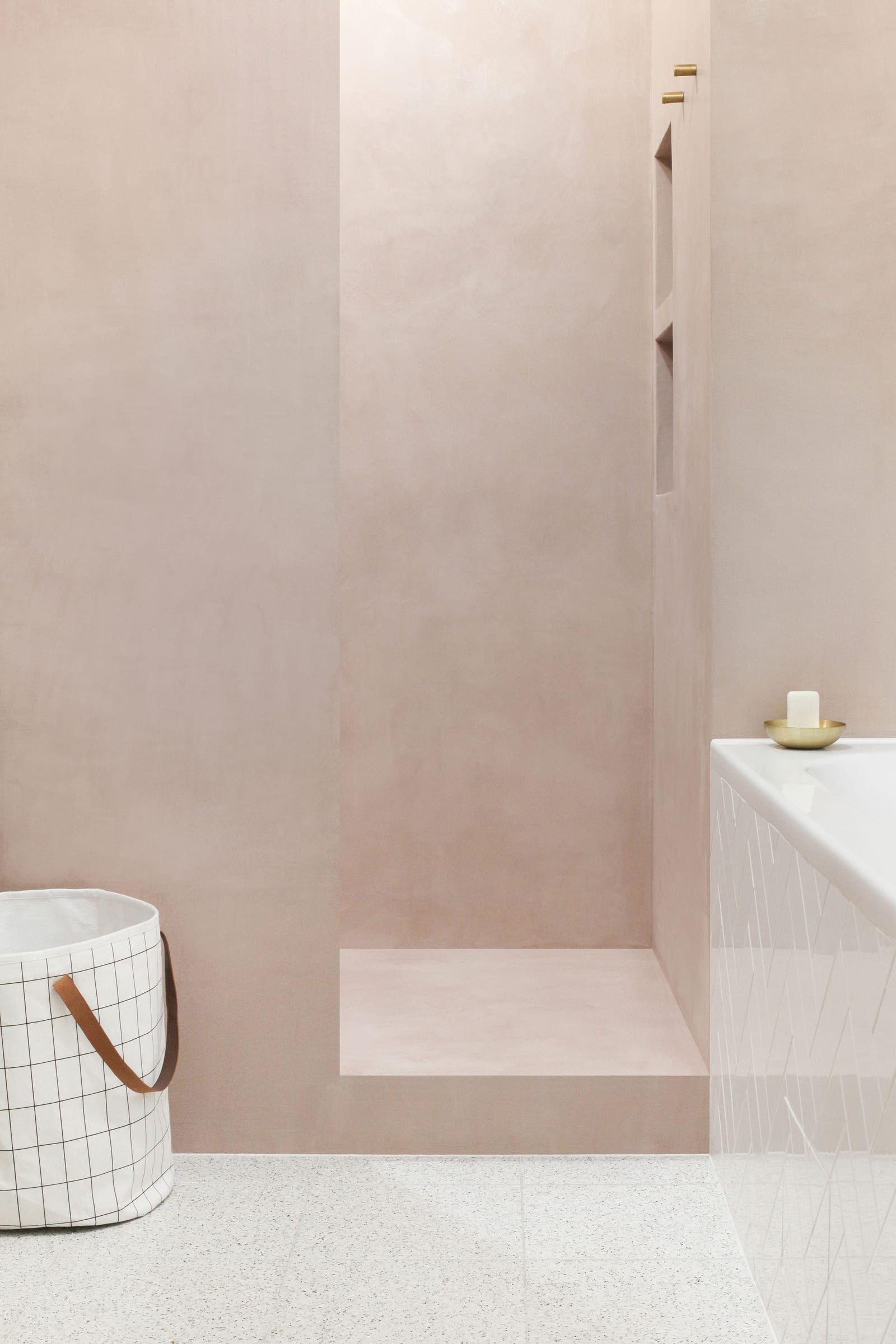 Appartement Valmy Par Heju En 2020 Remodeler La Douche Idee