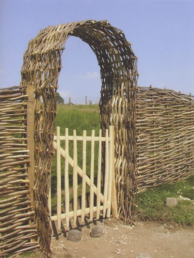 Coppicing and coppice crafts stick stuff Pinterest Arco puerta