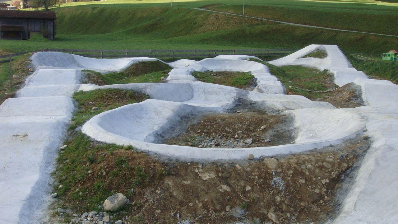 http dirtmountainbike com news concrete pumptrack switzerland 2