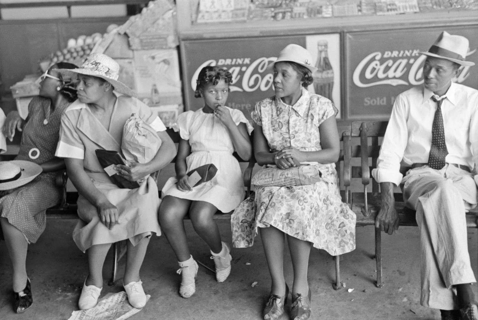 La vida norteamericana cotidiana de los años 40 [FOTOS a todo color] - Página 16 - ForoCoches