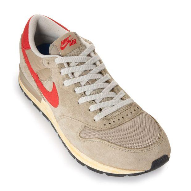 escritorio Críticamente electo  Nike-Air-Epic-Vintage-Bamboo-Challenge-Red-Khaki-02 | Nike, Nike air, Khaki