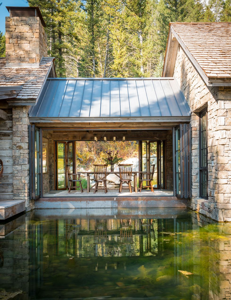 This Wyoming Home Has the Coolest Dining Room You\'ve Ever Seen