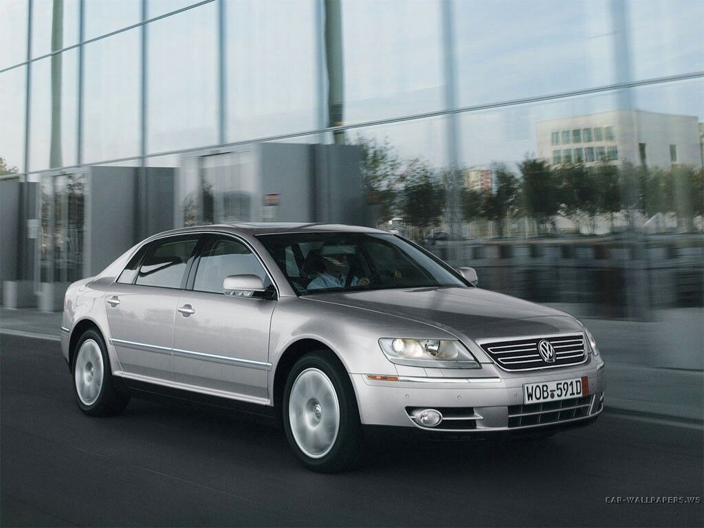 Vw Phaeton A W12 Cylinder Engine That Could Be Driven All Day At