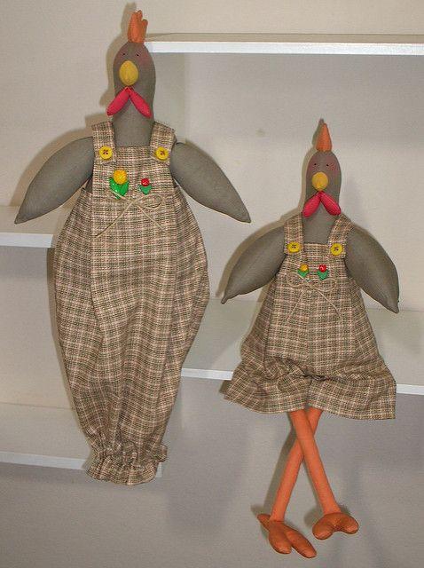 conj de galinhas com puxa-saco e peso de porta | by @ coisas da gi