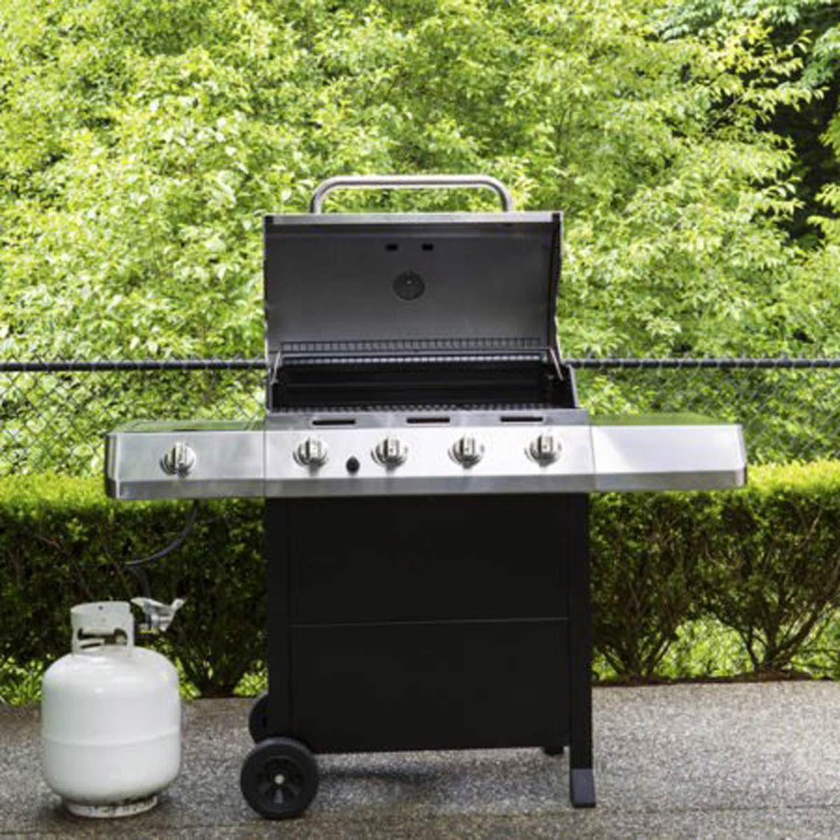 If You Re Having Trouble Getting Your Gas Grill Started Your Propane Tank Might Need To Be Burped You Ve Go In 2020 Grilling The Perfect Steak Propane Grill Gas Grill