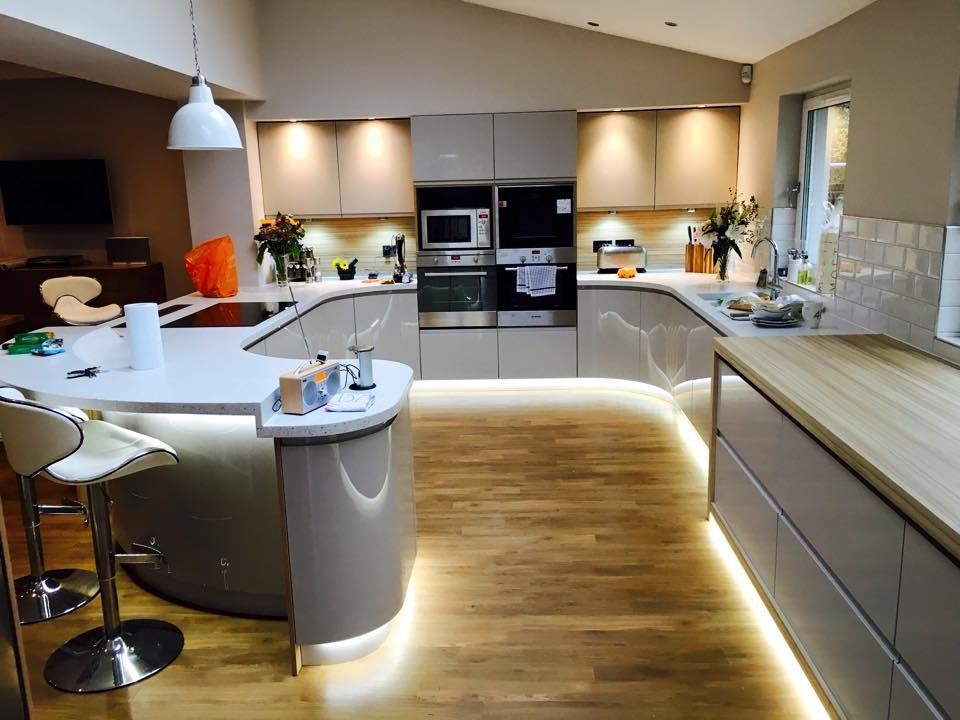 Pin By Daniel Miller On Fitted Kitchens Glasgow Luxury Kitchens