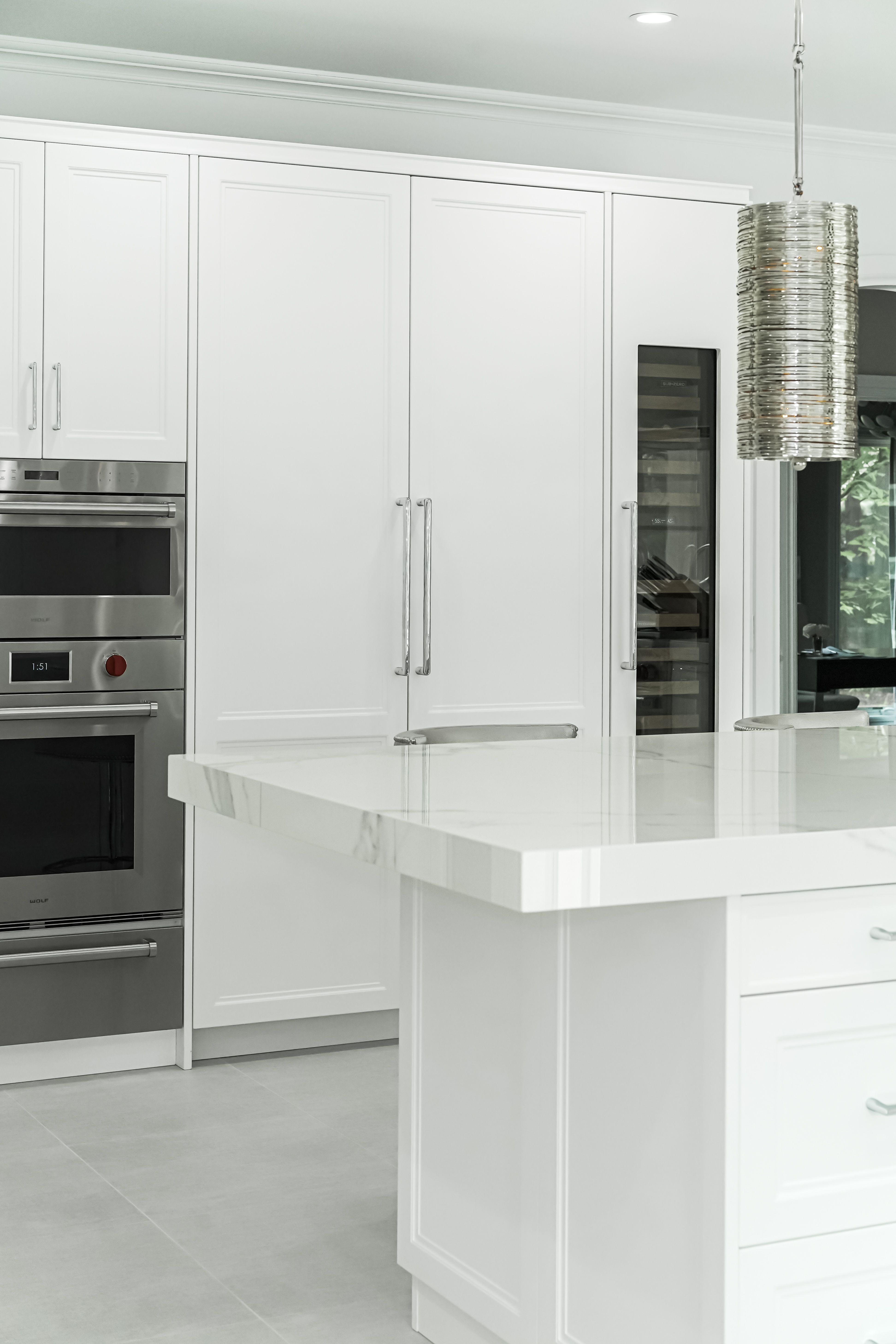 Transitional White Doca Kitchen Kitchen Custom Kitchen Cabinets Kitchen Interior