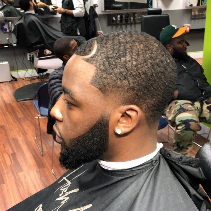 _________________________________________________   @iReViVe.HaiR #NBA #NFL #MLB #NewJersey #SouthJersey #NorthJersey #Philadelphia #Philly #Eagles #76ers #Phillies #NewYorkGiants #NewYorkJets #BarbershopConnect #Barbers @clipperedu @barbersince98 @barberlessons_ @barbershopconnect @nastybarbers #barber #barbershop #barberlife #sharp #camera #warriors #cavaliers #lebronjames #stephcurry #dreamchaser  @maestrosclassic @barbersinctv @sharpfade @national_barbers_association #iReviveHair…