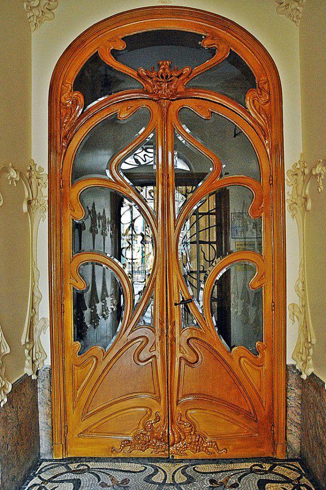 Art nouveau porte d 39 entr e et vestibule de l 39 immeuble 24 for Art nouveau fenetre