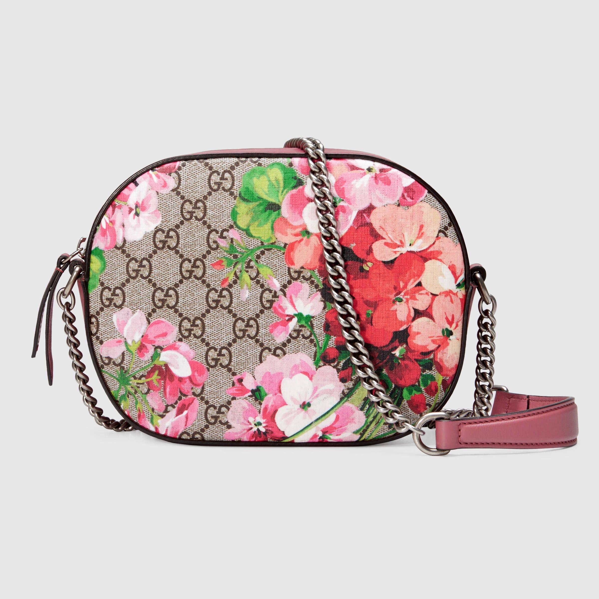 30dd2e36b52 Gucci Women - Blooms GG Supreme mini chain bag - 409535KU2IN8693 ...