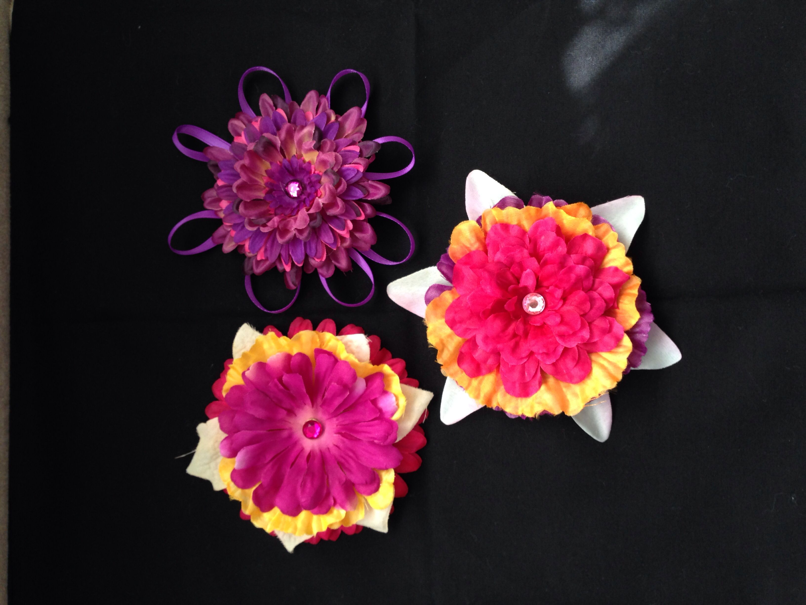Flowers and ribbons hair bows