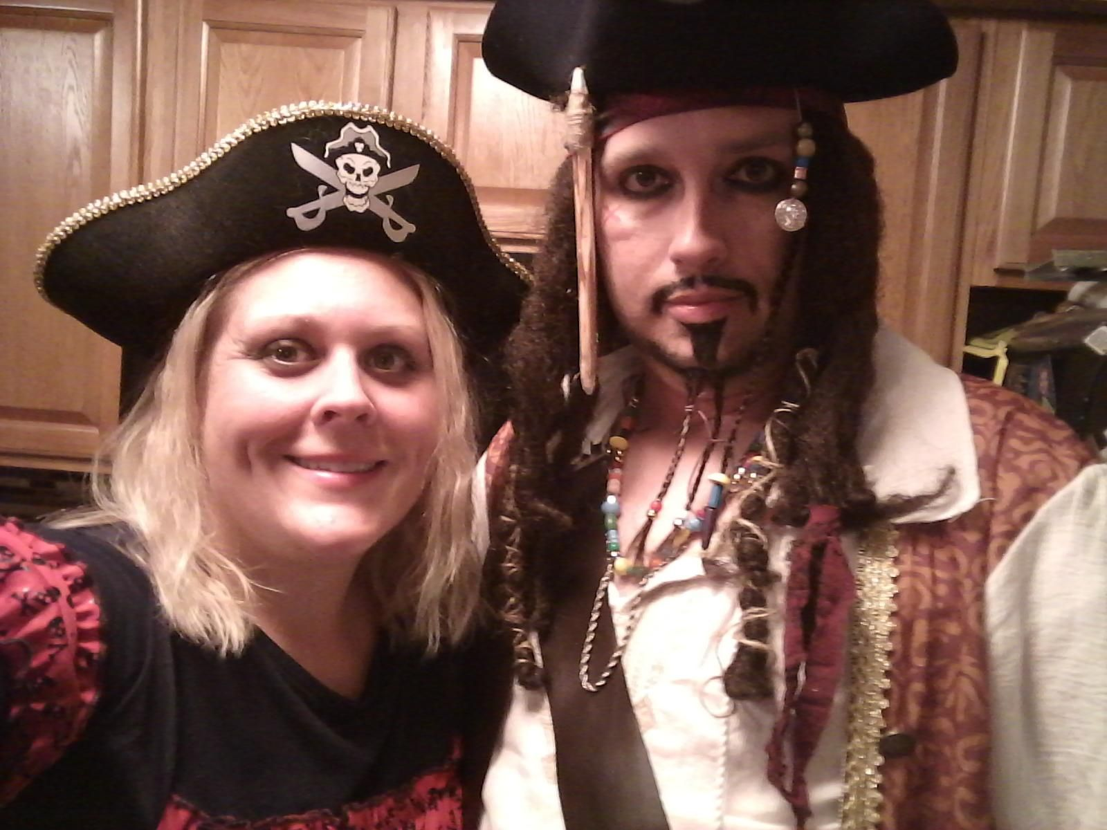Happy halloween Reddit from a couple of soul mateys! https://i ...