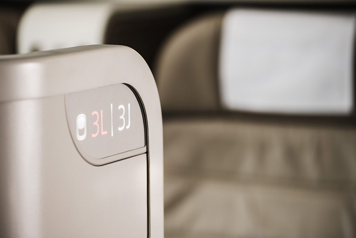 Seat Identification Panel لوحة رقم المقعد First Class B777 300er Seating Paneling Airlines
