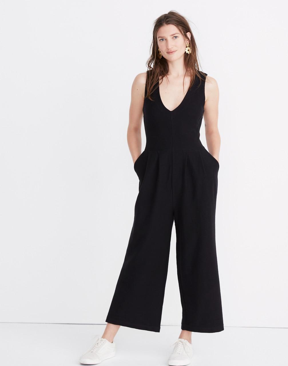 2e8437f79843 Petite Texture   Thread Wide-Leg Jumpsuit in true black image 1 ...