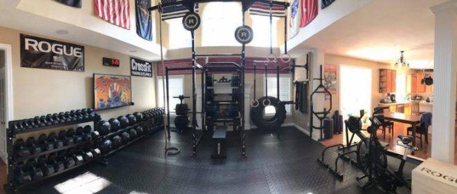 Living room turned into a home gym | Gym setup, Home gym ...