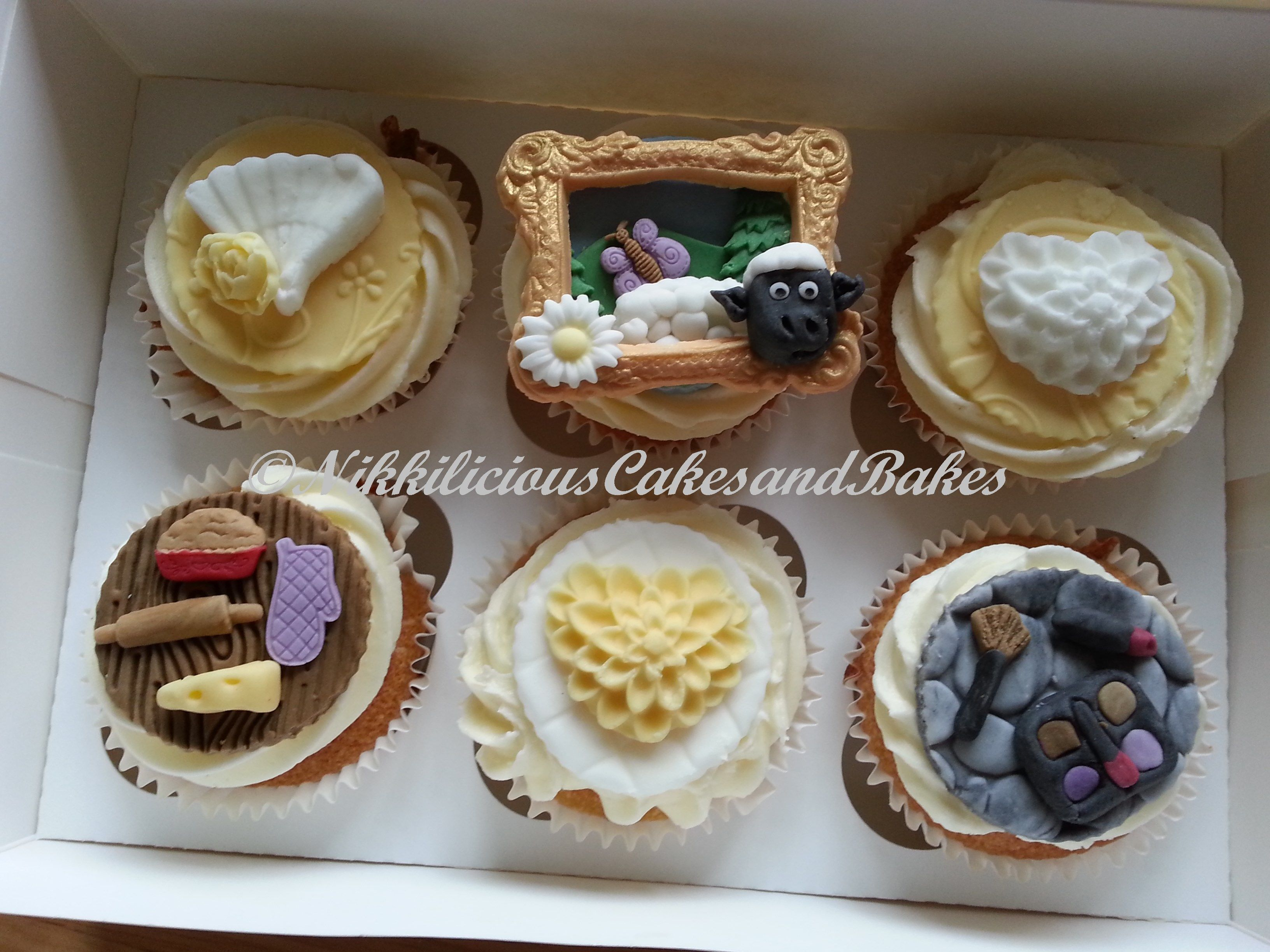 Cupcakes, sheep, cooking, makeup    http://www.facebook.com/NikkiliciousCakesandBakes