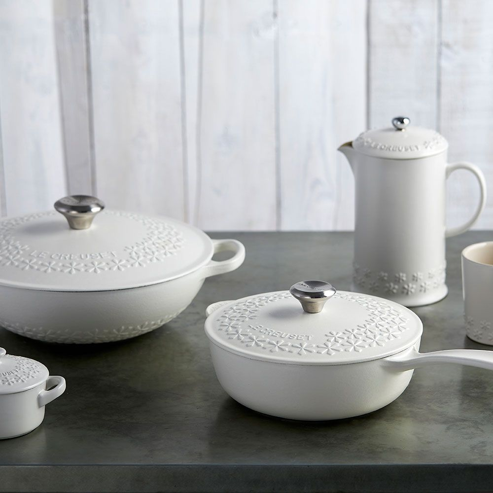 Le Creuset has just launched a NEW limitededition range   Fleur is part of White Home Accessories Texture - The iconic French cookware brand Le Creuset has just launched a brandnew limitededition Le Creuset Fleur range  Get it before it goes!