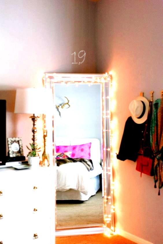 Tips To Create A Tumblr Dorm Room That ll Make Anyone Jealous Society19 15 Tips To Create A Tumblr Dorm Room That ll Make Anyone Jealous Society19 Ella Taylor hickeyissia...