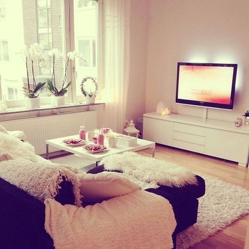 Comfy Couch Cozy Cute Decor Decoration Fluffy Girly Pink Room Tv White Home Apartment Living Room Apartment Decor